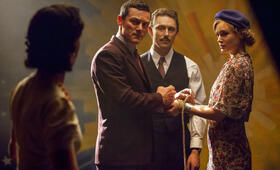 Professor Marston & The Wonder Women mit Luke Evans, Bella Heathcote und JJ Feild - Bild 6