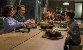 Why Him? mit Bryan Cranston, James Franco, Zoey Deutch, Megan Mullally und Griffin Gluck - Bild 55