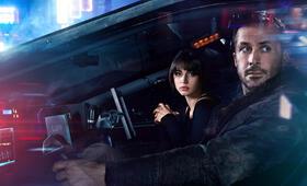Blade Runner 2049 mit Ryan Gosling und Ana de Armas - Bild 120
