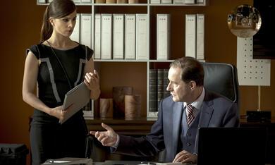 Die Informantin - Der Fall Lissabon mit Aylin Tezel und Stefan Kurt - Bild 8