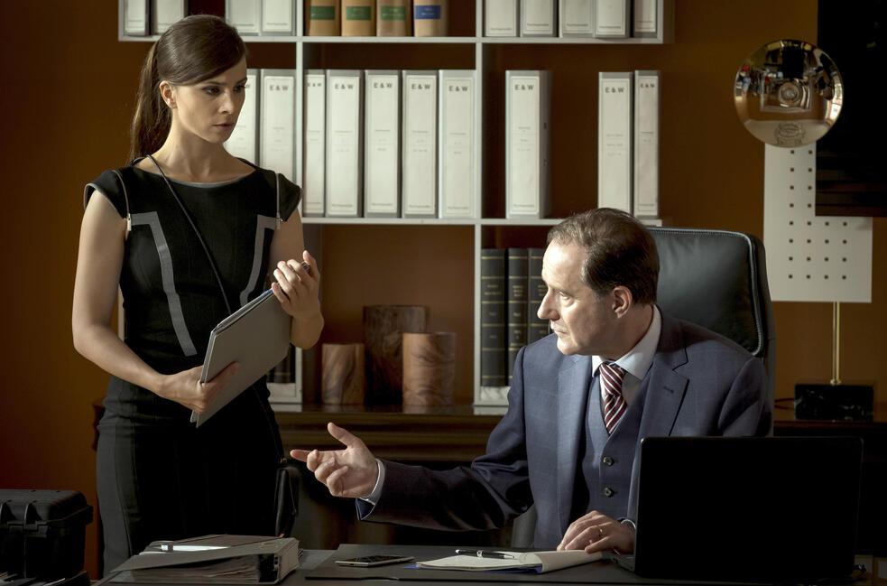 Die Informantin - Der Fall Lissabon mit Aylin Tezel und Stefan Kurt
