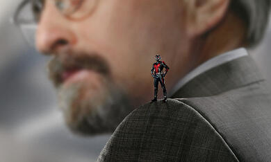 Ant-Man mit Michael Douglas - Bild 3