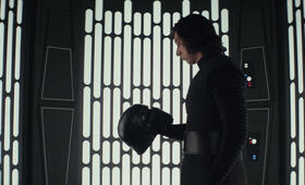 Star Wars: Episode VIII - Die letzten Jedi mit Adam Driver - Bild 14