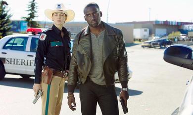 Wynonna Earp, Staffel 1 mit Shamier Anderson - Bild 9