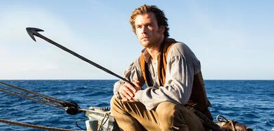 Chris Hemsworth als Walfänger im Herzen der See