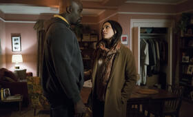 Marvel's The Defenders, Marvel's The Defenders Staffel 1 mit Rosario Dawson und Mike Colter - Bild 17