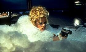 Barb Wire mit Pamela Anderson - Bild 12