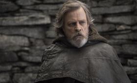 Star Wars: Episode VIII - Die letzten Jedi mit Mark Hamill - Bild 5