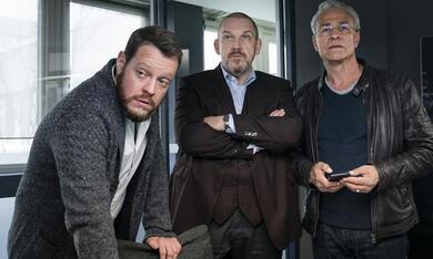 Tatort: Kein Mitleid, keine Gnade  mit Dietmar Bär, Klaus J. Behrendt und Roland Riebeling - Bild 1