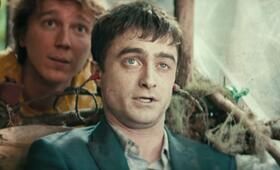 Swiss Army Man mit Daniel Radcliffe und Paul Dano - Bild 12