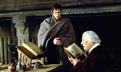 Luther mit Peter Ustinov und Joseph Fiennes - Bild 10
