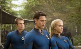Fantastic Four: Rise of The Silver Surfer mit Jessica Alba, Chris Evans und Ioan Gruffudd - Bild 26
