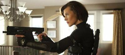 Milla Jovovich in Resident Evil 5: Retribution