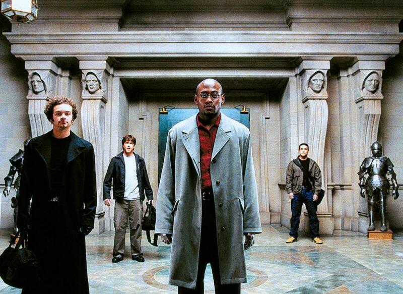 Wes Craven präsentiert Dracula mit Omar Epps, Danny Masterson, Lochlyn Munro und Tig Fong