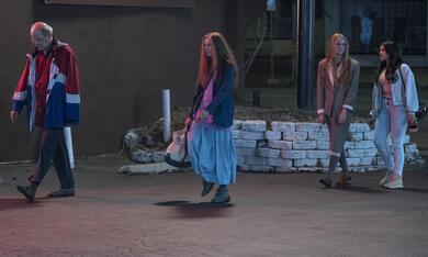 Kajillionaire mit Evan Rachel Wood, Richard Jenkins und Debra Winger - Bild 11