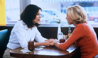 Mulholland Drive mit Naomi Watts und Laura Harring - Bild 4