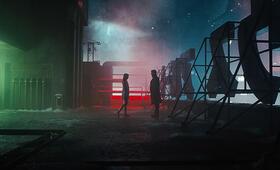 Blade Runner 2049 mit Ryan Gosling und Ana de Armas - Bild 3