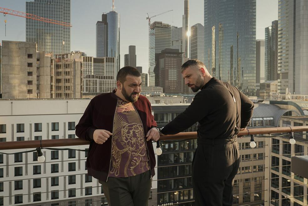 Skylines, Skylines - Staffel 1 mit Sahin Eryilmaz