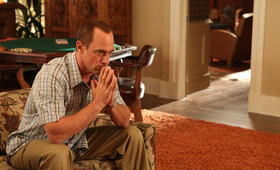 Christopher Meloni in Surviving Jack - Bild 28