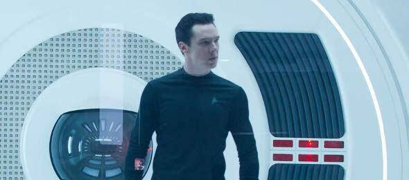 Benedict Cumberbatch als Khan, äh Gary Mitchell, äh John Harrison