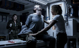Alien: Covenant mit Carmen Ejogo - Bild 14