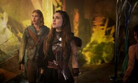 The Shannara Chronicles, Staffel 1 mit Austin Butler und Poppy Drayton - Bild 14