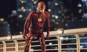 The Flash Staffel 3 mit Grant Gustin - Bild 21