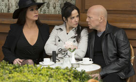 R.E.D. 2 mit Bruce Willis, Catherine Zeta-Jones und Mary-Louise Parker - Bild 167