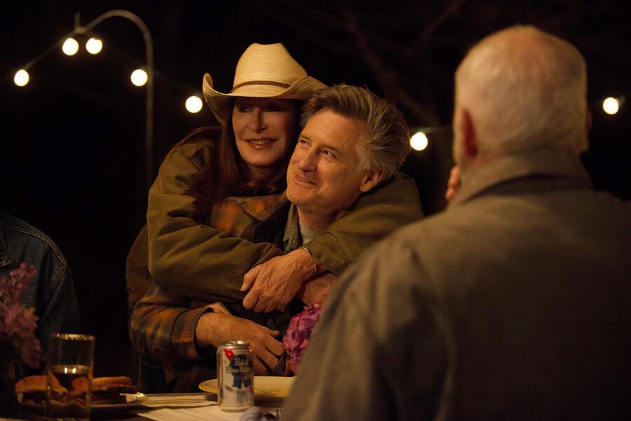 Trouble mit Bill Pullman und Anjelica Huston
