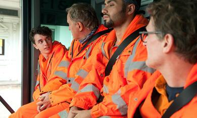 Die drei von der Müllabfuhr: Mission Zukunft mit Uwe Ochsenknecht, Aram Arami, Ben Litwinschuh und Jörn Hentschel - Bild 5