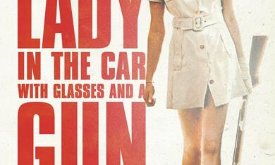 The Lady in the Car with Glasses and a Gun mit Freya Mavor - Bild 9