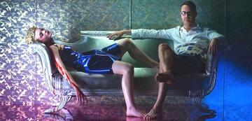 Elle Fanning und Nicolas Winding Refn am Set von The Neon Demon