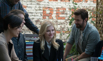 Brain on Fire mit Chloë Grace Moretz, Richard Armitage, Carrie-Anne Moss und Thomas Mann - Bild 3