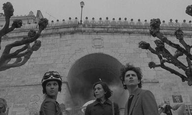The French Dispatch mit Frances McDormand, Timothée Chalamet und Lyna Khoudri - Bild 5