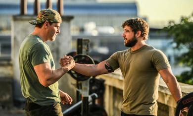 SEAL Team - Staffel 3 mit David Boreanaz und Max Thieriot - Bild 1