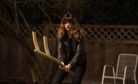 Colossal mit Anne Hathaway - Bild 46