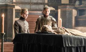 Game of Thrones - Staffel 6 mit Nikolaj Coster-Waldau und Dean-Charles Chapman - Bild 6