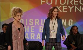 Unbreakable Kimmy Schmidt - Staffel 4 mit Ellie Kemper und Carol Kane - Bild 14