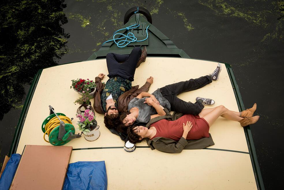 Anker der Liebe mit Natalia Tena, Oona Chaplin und David Verdaguer