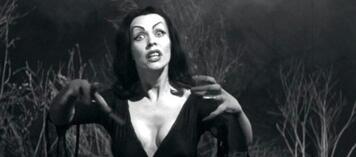 Auch sie saugt gerne: Vampira in Plan 9 aus dem Weltall