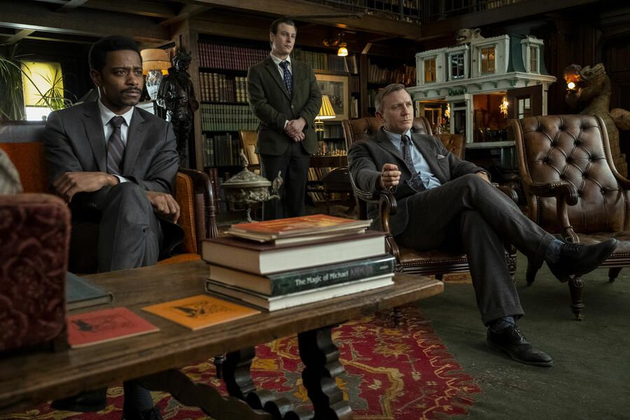 Knives Out mit Daniel Craig, Lakeith Stanfield und Noah Segan