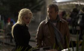 3 Days to Kill mit Kevin Costner und Amber Heard - Bild 46