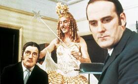 Monty Pythons wunderbare Welt der Schwerkraft - Bild 3