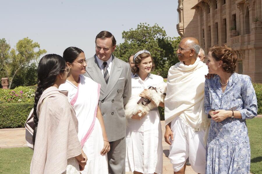 Der Stern von Indien mit Gillian Anderson, Hugh Bonneville und Lily Travers