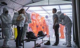 Arrival mit Jeremy Renner und Amy Adams - Bild 5