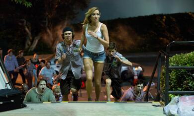 Scouts vs. Zombies - Handbuch zur Zombie-Apokalypse mit Sarah Dumont und Logan Miller - Bild 3