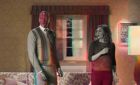WandaVision, WandaVision - Staffel 1 mit Paul Bettany und Elizabeth Olsen - Bild 44
