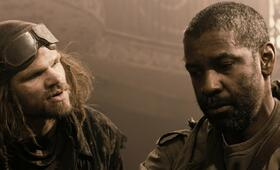 The Book of Eli mit Denzel Washington - Bild 92