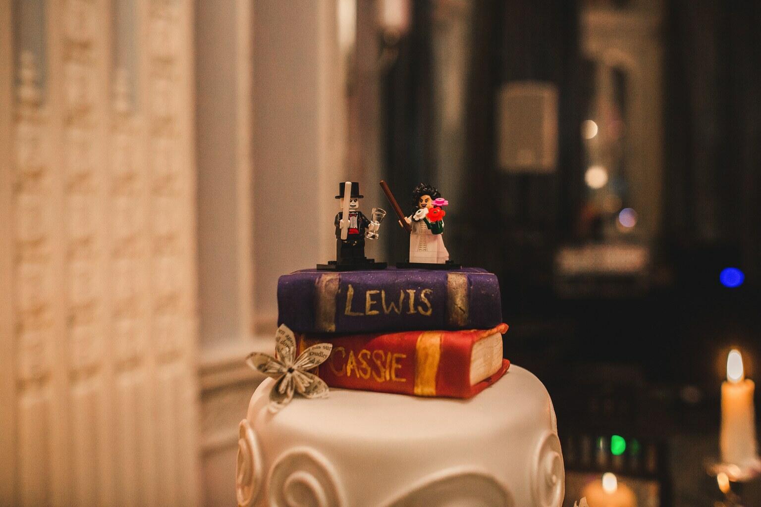 Die Zauberhafte Hochzeit Von Lewis Und Cassie Byrom Bild 9 Von 18