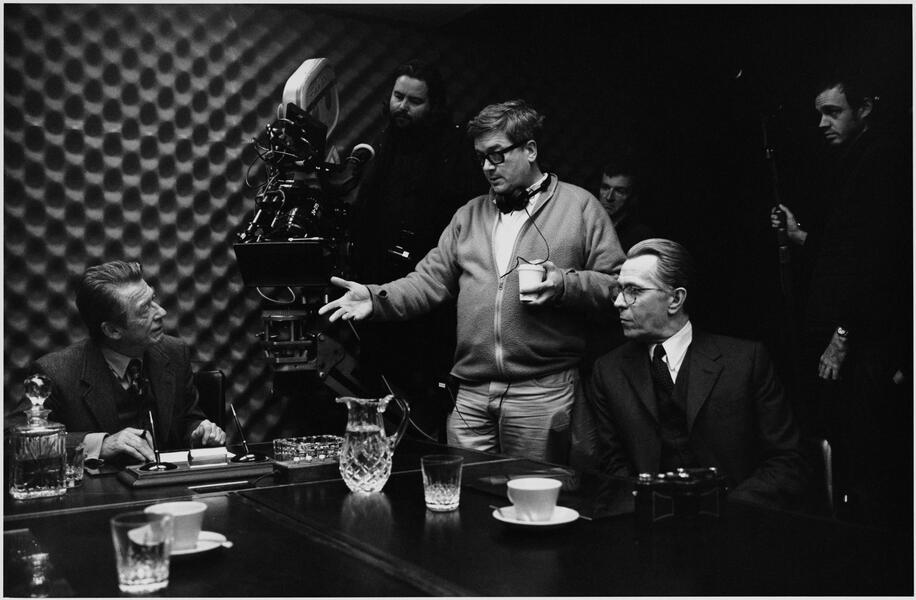 Bei der Arbeit: Regisseur Tomas Alfredson mit seinen Hauptdarstellern John Hurt und Gary Oldman